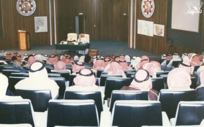 لقاء مع الدكتور / محمد عبده يماني …