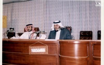 إحدى المحاضرات : أحمد علي آل مريع – إدارة / علي مفرح الثوابي .