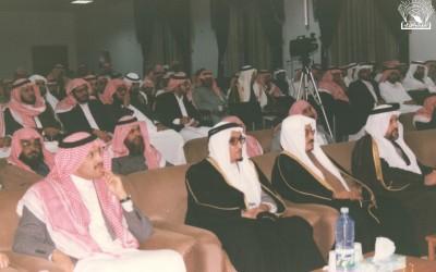 من محاضرة للدكتور / عبد الكريم بكار -د. محمد العمري …