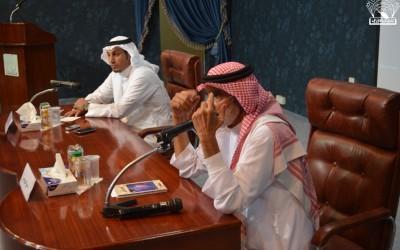لقاء الأستاذ / علي الهويريني ، ومحاضرة : العلم –قضية الأمية :
