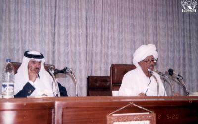 أمسية شعرية : – مصطفى سند – أحد شعراء السودان .