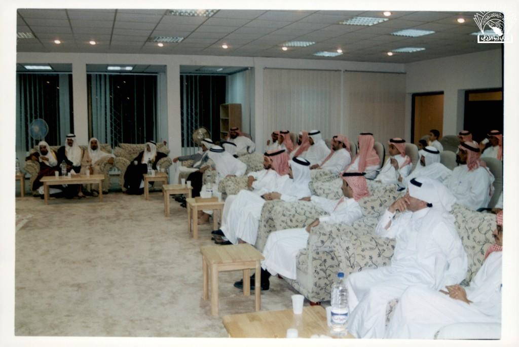 مسامرة مع الإعلامي الأستاذ / قينان عبد الله الغامدي … ودرع للأمير / بندر بن خالد الفيصل .