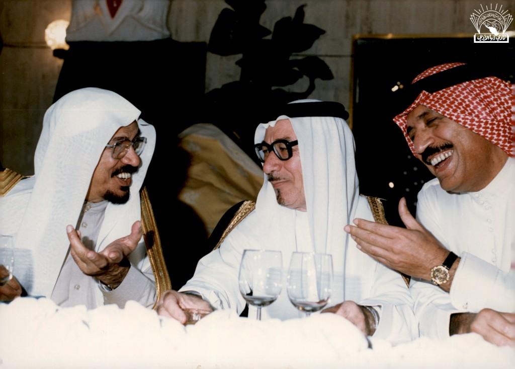 حفل تكريم رؤساء مجالس إدارات الأندية الأدبية في المملكة في منزل / عبد المقصود خوجة